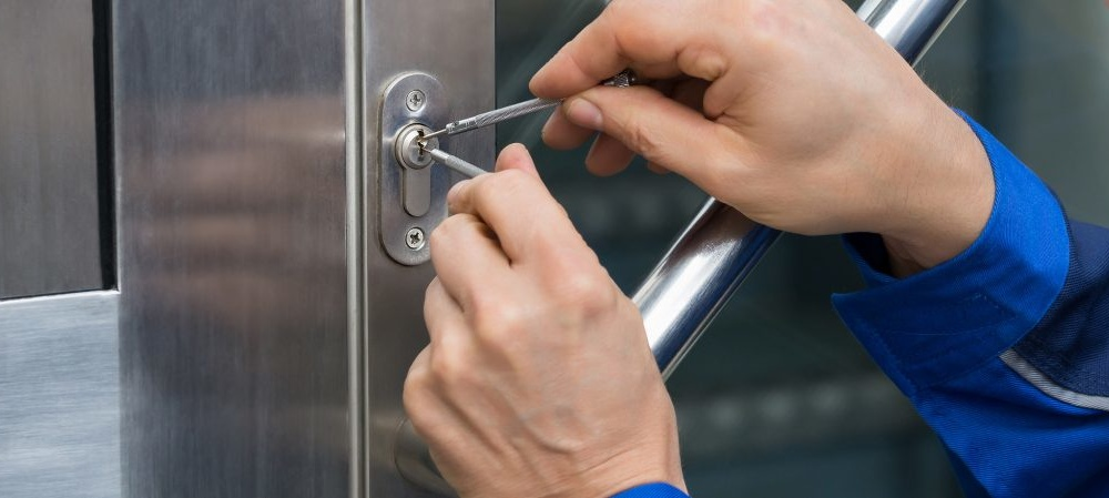 Commercial Locksmith Services – TRUSTED FAST LOCKSMITH